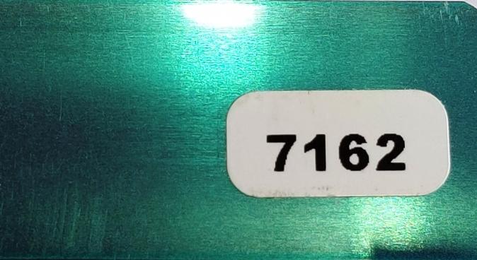 Жалюзи горизонтальные зеленый-металл глянец 7162 купить по низкой цене в интернет-магазине okno19.ru